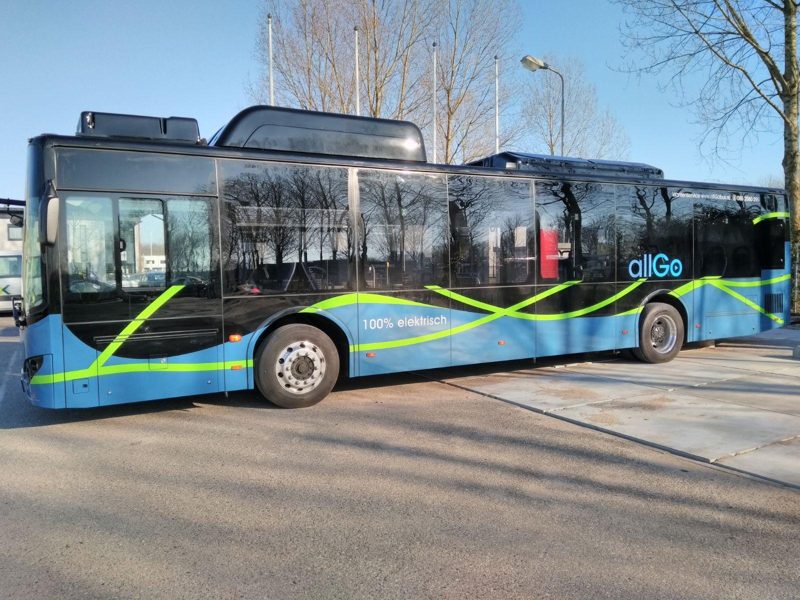 Proefrijden met nieuwe elektrische bussen